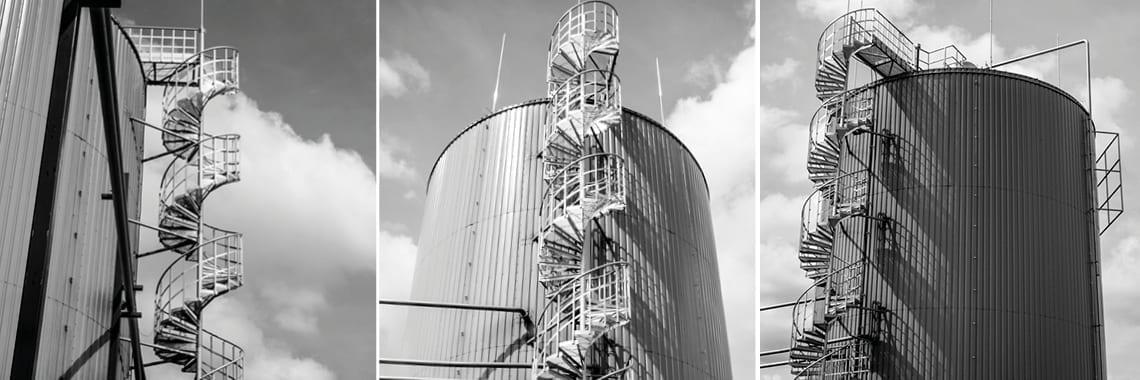 W Jasienicy, na terenie zakładu Polkon, można znaleźć stalowe schody spiralne produkcji TLC.