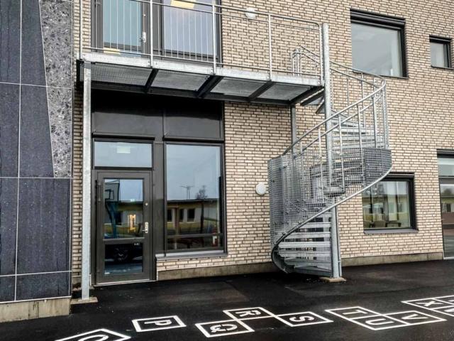 schody-ewakuacyjne-zewnetrzne-szwecja-www (3 of 9)