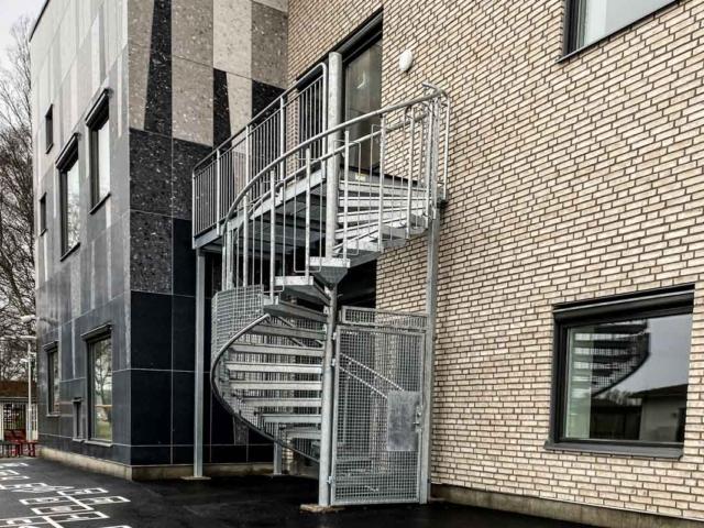 schody-ewakuacyjne-zewnetrzne-szwecja-www (5 of 9)