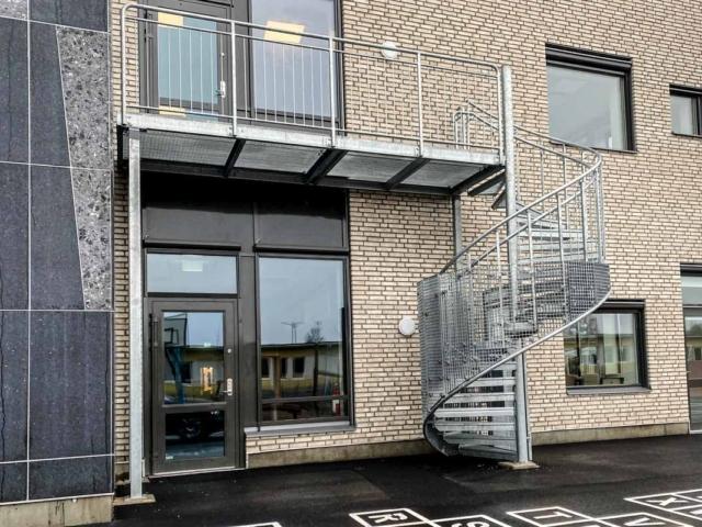 schody-ewakuacyjne-zewnetrzne-szwecja-www (7 of 9)